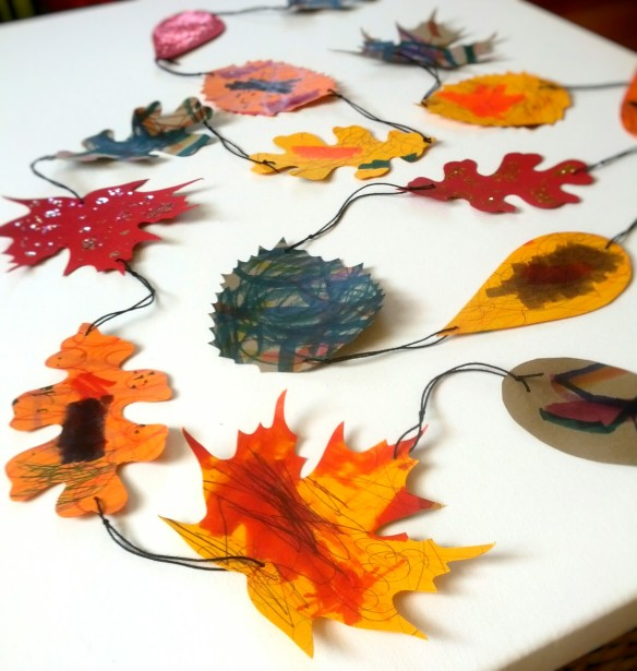 Easy DIY Fall Paper Leaf Garland Craft for Kids and Adults. Autumn decorating with unique modern art you make yourself.