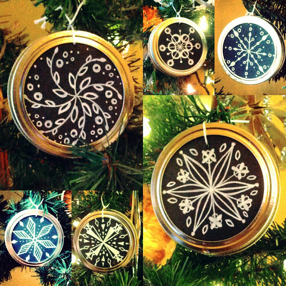 DIY Mason Jar Lid Snowflake Christmas Tree Chalk Ornament by Shalom Schultz Designs